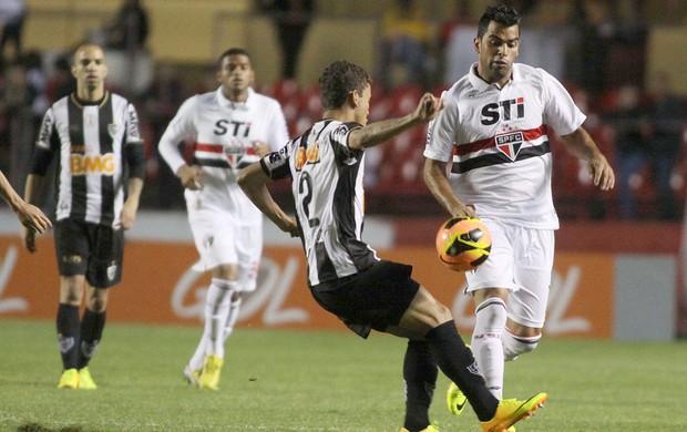 Maicom jogo São Paulo contra Atlético-MG (Foto: Marcos Bezerra / Ag. Estado)