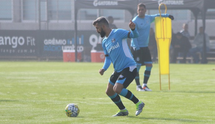 Douglas; Grêmio (Foto: Eduardo Deconto/GloboEsporte.com)