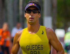 Triatleta Felipe Guedes, em Santos (Foto: Divulgação / Arquivo Pessoal)