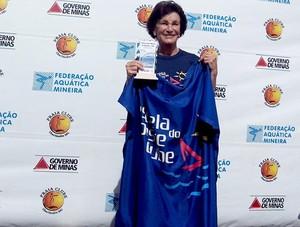 nadadora Delfina Gonçalves Coelho natação Estrela do Oeste Clube Divinópolis MG (Foto: Estrela do Oeste Clube/Arquivo pessoal)