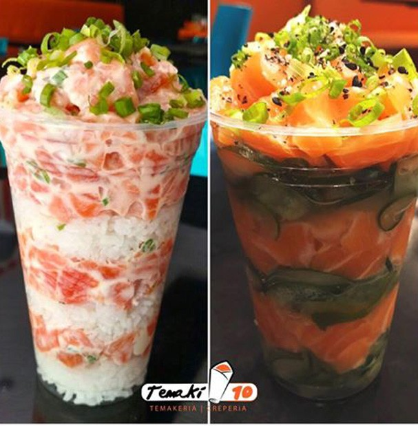 Cupmaki: ao invés da alga, um copo plástico gigante (Foto: Reprodução/Facebook)