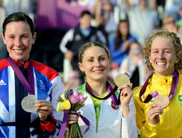 Yane, medalha de Bronze no Pentatlo (Foto: AFP)