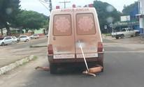 Internauta flagra ambulância com descarga amarrada com gaze no AP (Vc no G1 AP)