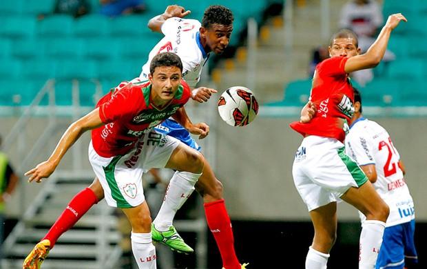 Lances do jogo Bahia x Portuguesa (Foto: Felipe Oliveira)