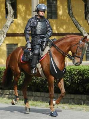 Cavalaria de SP usará armadura estilo 'Robocop' durante a Copa (Divulgação/Polícia Militar)