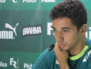 Renan Oliveira meia Goiás (Foto: Fernando Vasconcelos)