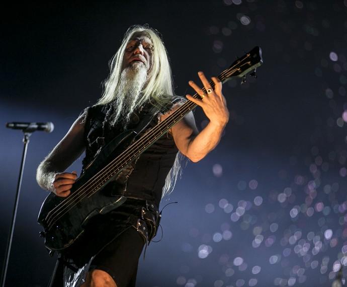 Marco Hietala arrasa no show (Foto: Inácio Moares/Gshow)