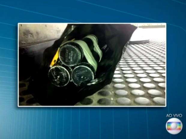 Falsa bomba encontrada em estação da CPTM (Foto: Reprodução/TV Globo)
