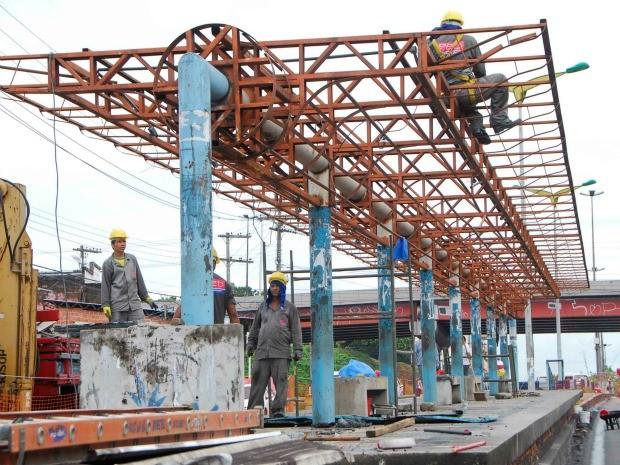 Obras na Avenida Constantino Nery tiveram início em Manaus (Foto: Divulgação/Implurb)