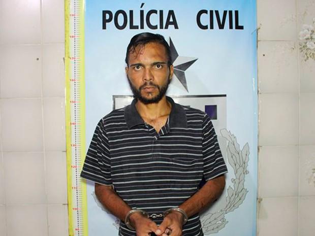 Leanatan Borges, de 27 anos, confessou o crime na Bahia (Foto: Sessé Guimmas / Medeiros Dia Dia)