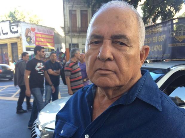 Aposentados fizeram questão de comparecer ao protesto (Foto: Cristina Boeckel/G1)