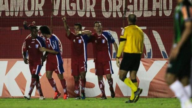 Jonatas Belusso Guaratinguetá x América-MG (Foto: Divulgação/ AGF)