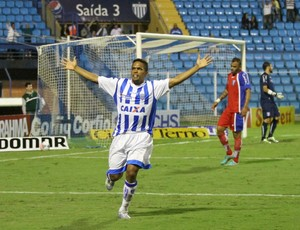 Márcio Diogo Avaí x Guaratinguetá (Foto: Jamira Furlani/ Avaí FC)