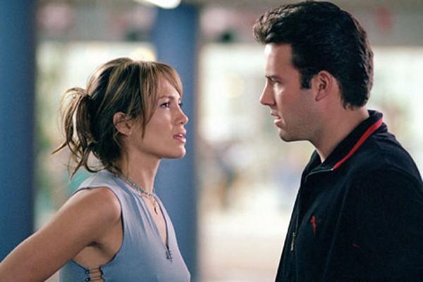 Jennifer Lopez e Ben Affleck em Contato de Risco  (Foto: Divulgação)