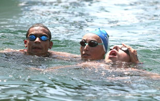 Poliana, Allan e Samuel Maratonas Aquaticas (Foto: Satiro Sodré / SSPress)