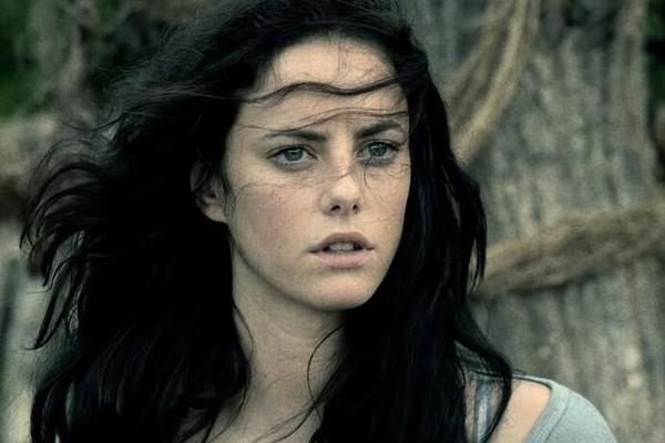 A atriz Kaya Scodelario em cena de Maze Runner (Foto: Reprodução)