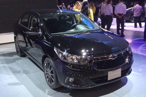 Chevrolet Cobalt Midnight (Foto: Leandro Alvares / Autoesporte)