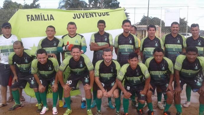 Veteranos do futebol amador se encontram para a II Copa João Ailton  (Foto: Xamate/ arquivo pessoal )