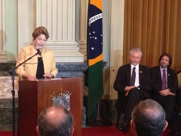 Presidente Dilma Rousseff Palácio Piratini (Foto: Vinícius Rebello/G1)