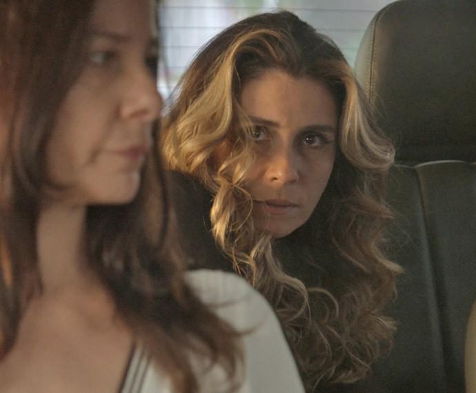 Será que Atena vai sair viva dessa emboscada? (Foto: TV Globo)