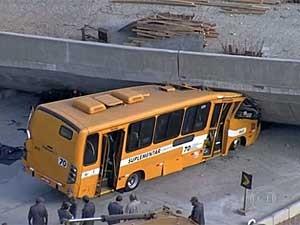queda de viaduto em BH (Foto: Reprodução / TV Globo)