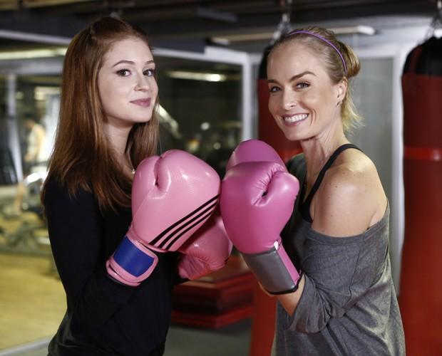 Marina Ruy Barbosa e Angélica durante aula de kickboxing (Foto: Fábio Rocha /Gshow)