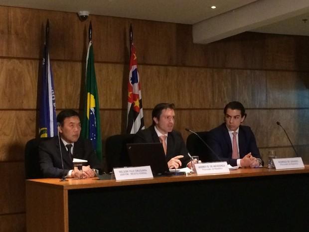 Procuradores em coletiva sobre denúncia contra investigados na Operação Custo Brasil  (Foto: Tahiane Stochero/G1)