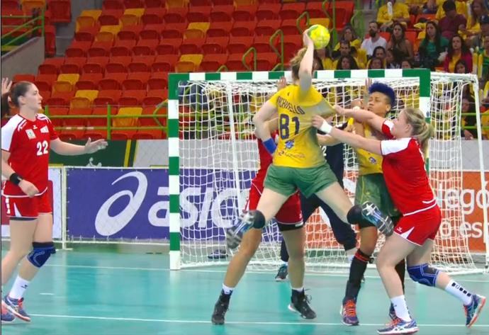 Brasil x Suíça; handebol feminino; frame (Foto: Reprodução SporTV)