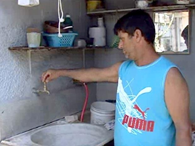 falta água abastecimento Copasa Divinópolis MG (Foto: Reprodução/TV Integração)
