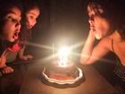 Samara Felippo comemora aniversário com as filhas, Alícia e Lara