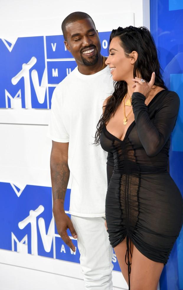 Kanye West e Kim Kardashian (Foto: AFP)