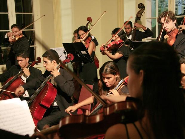Orquestra Jovem de Pernambuco foi criada em 1986 e reativada em 2005  (Foto: Divulgação)