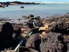 Moradores reclamam de esgoto jogado em praia na Barra do Sahy, ES