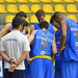 Treino Mogi das Cruzes basquete (Foto: Cairo Barros)