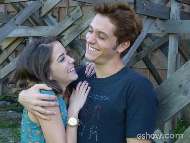 Os dois se divertem muito nos bastidores (Foto: Malhação / TV Globo)