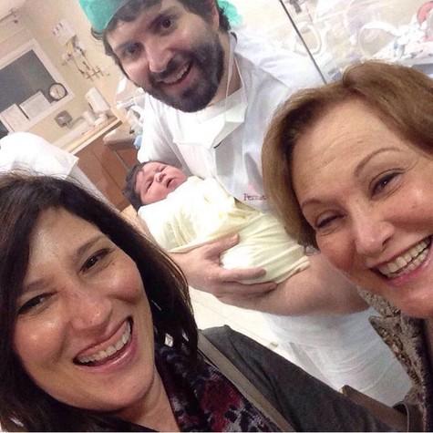 Beth Goulart  postou uma foto com a família (Foto: Reprodução)