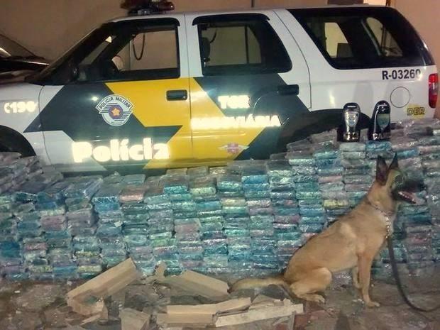 Polícia apreendeu 1 tonelada de cocaína em Ipeúna (Foto: Valter Martins/Piracicaba em Alerta)