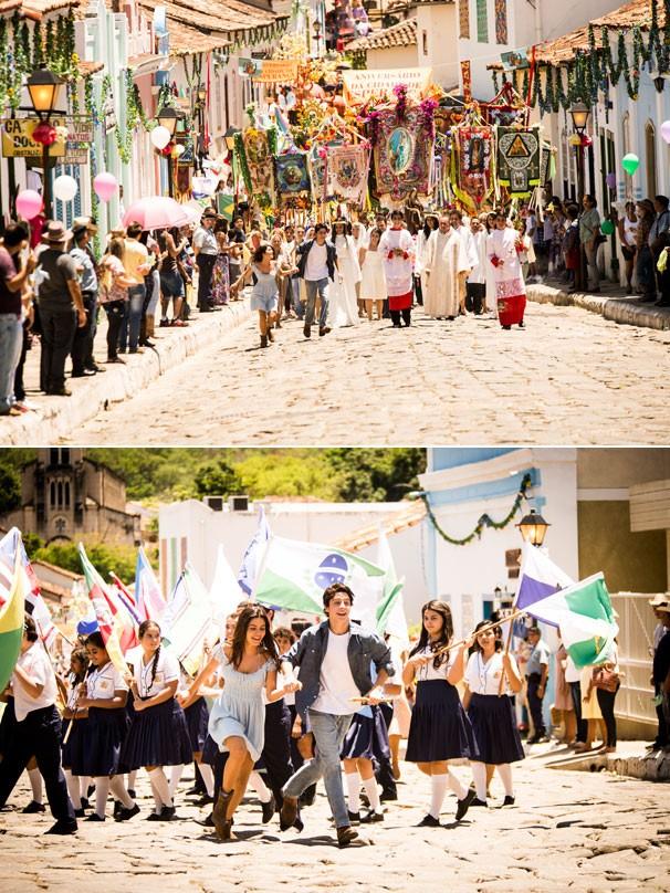 Laerte (Eike Duarte) pega Helena (Julia Dalavia) e sai correndo pelas ruas de Esperança na primeira fase de Em Família, novela de Manoel Carlos que estreia na Globo em 2014 (Foto: João Miguel JR./Globo)
