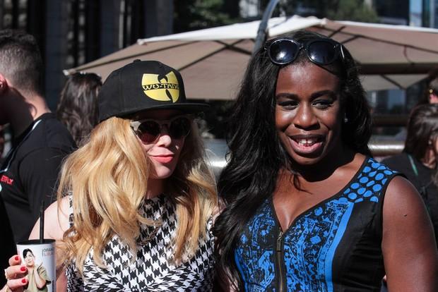Natasha lyonne e Uzo Aduba da série Orange Is the New Black  (Foto:  Raphael Castello/AgNews)
