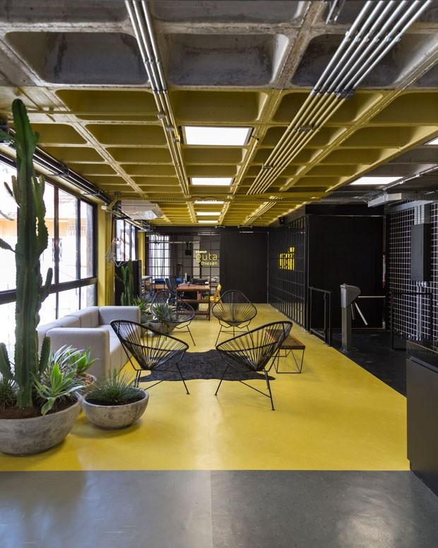 Arquitetura Nacional assina design de interiores de academia em Porto Alegre (Foto: ©Marcelo Donadussi)