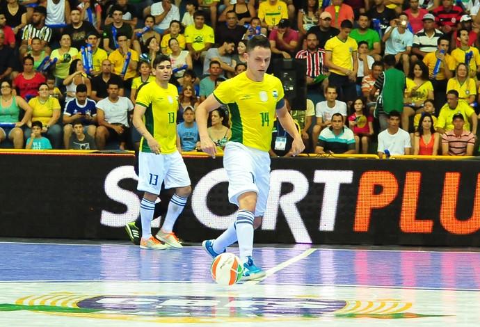 Rodrigo Brasil paraguai grand prix futsal (Foto  Ricardo Artifon CBFS) 140c5def3e591
