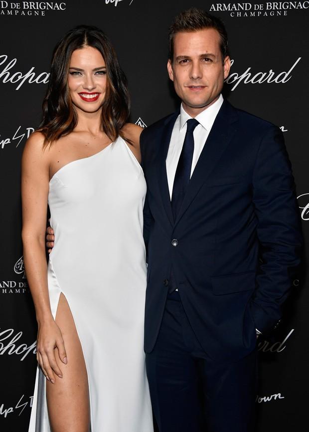 Adriana Lima e o ator Gabriel Macht (Foto: Getty Images)