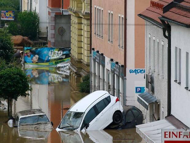 Inundação em Simbach am Inn, Alemanha (Foto: Matthias Schrader / AP Photo)