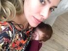 Adriana Sant'Anna amamenta o filho: 'Delícia de momento'