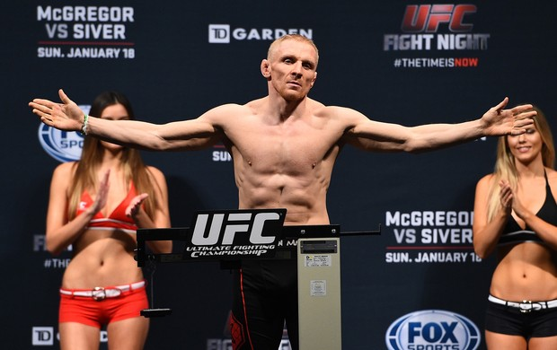 Encarada UFC, Dennis Siver (Foto: Getty Images)