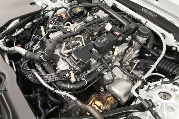 CA - 09/08/2017 - Jaguar F-Type com motor quatro cilindros 2.0 turbo de 300cv. Apresenta (Foto: Jason Vogel / Agência O Globo )