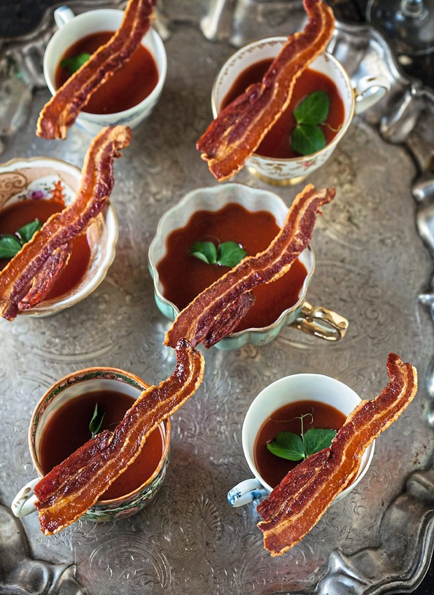 Shots de bloody mary com bacon crocante (Foto: StockFood /Great Stock!)
