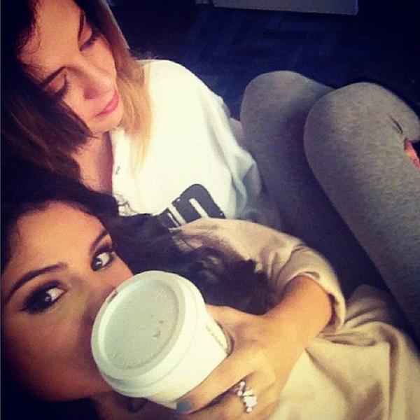 A cantora Selena Gomez com a mãe (Foto: Instagram)