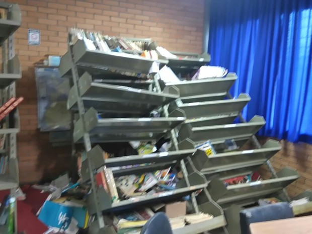 Escola Érico Veríssimo vandalismo roubo Porto Alegre Zona Leste (Foto: Silva Faturi/Arquivo Pessoal)