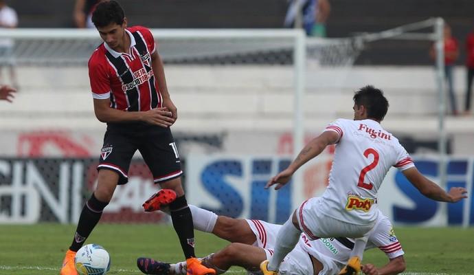 Ganso meia do São Paulo contra o Botafogo-SP (Foto: Rubens Chiri/saopaulofc.net)
